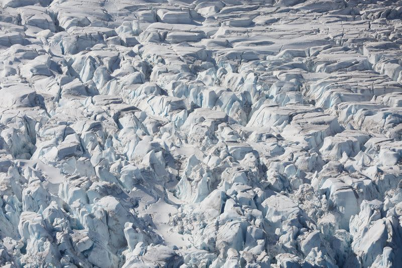 Giant Antarctic ice shelves facing fracture risk: study