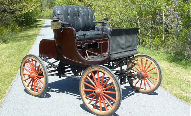 Oldest American car ever put up for auction is the predecesor of your family car