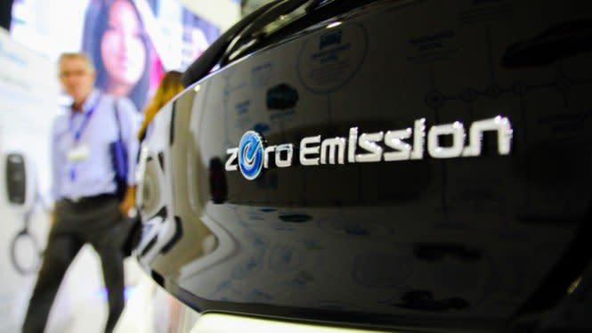Polusi Makin Merajalela, Mobil Listrik Jadi Solusinya