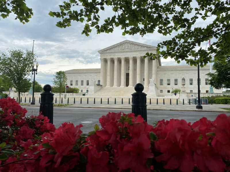 As 2020 presidential contest looms, U.S. Supreme Court mulls power of 'electors'