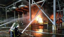 遠東化纖新埔廠油槽火警 臭味遠飄到竹市和苗栗