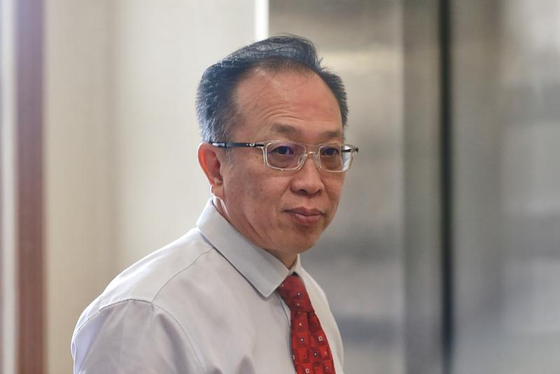 Senior Vice-President of AmBank Group (Credit Card, Authorisation and Banking Fraud Management) Yeoh Eng Leong is pictured at the Kuala Lumpur High Court December 2, 2019. — Picture by Ahmad Zamzahuri