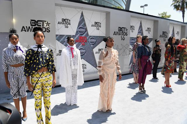 Beyoncé's dancers absolutely slayed the BET Awards red carpet