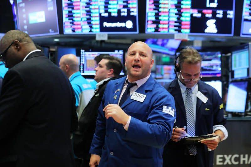 Wall Street melambung lagi, Indeks Dow Jones melonjak di atas 550 poin