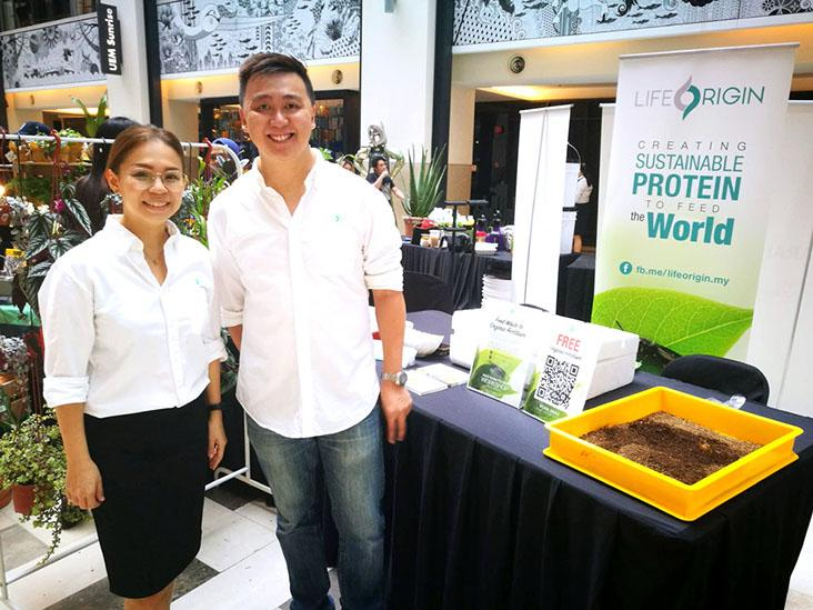 Life Origin founder Sio Chun Jia (right) and co-founder Zoey Chan (left)
