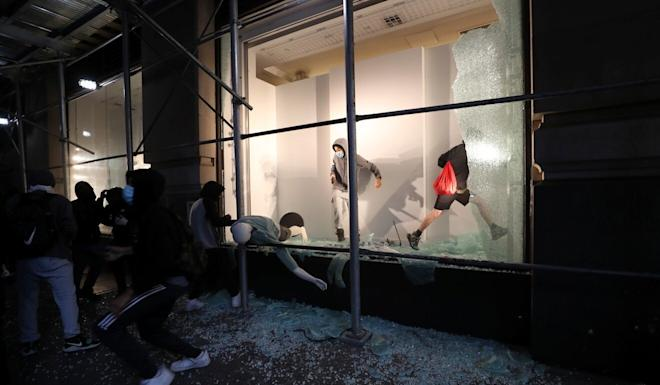 There has been widespread looting in the United States. Photo: Reuters