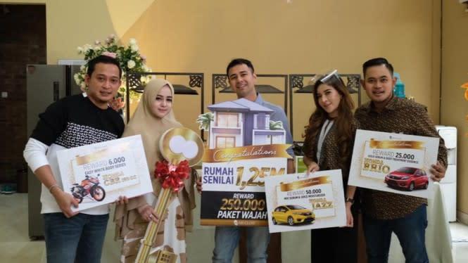 Raffi Ahmad dan Nagita Slavina Serahkan Rumah Seharga Rp1 Miliar