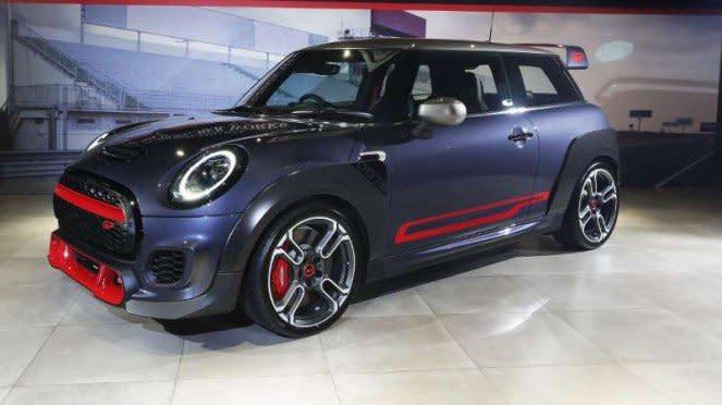Mobil Mini John Cooper Works GP resmi diluncurkan di Indonesia