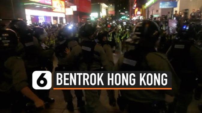 VIDEO: Polisi Hong Kong Semprot Wartawan dengan Cairan Merica