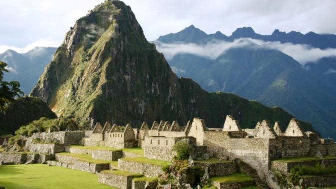 Pusat Kerajaan Inca, Machu Picchu (www.uwosh.edu)