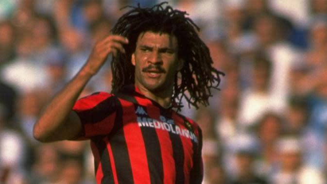 Ruud Gullit dua kali memperkuat AC Milan