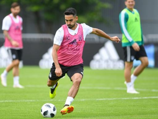 Germany's midfielder Ilkay Gundogan prepares to kick the ball during a training session in Vatutinki, near Moscow, on June 13, 2018, ahead of the Russia 2018 World Cup football tournament