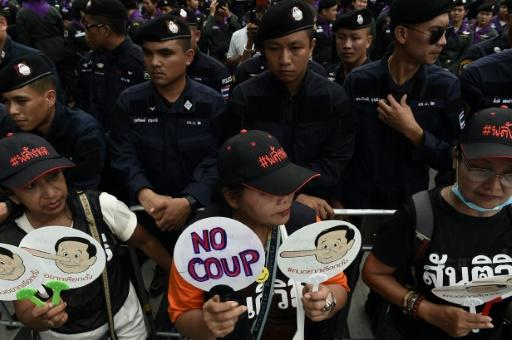 Police have blocked anti-junta protesters from marching to Government House