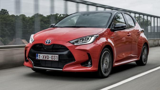 Toyota Yaris Hybrid Resmi Meluncur, Simak Spesifikasinya