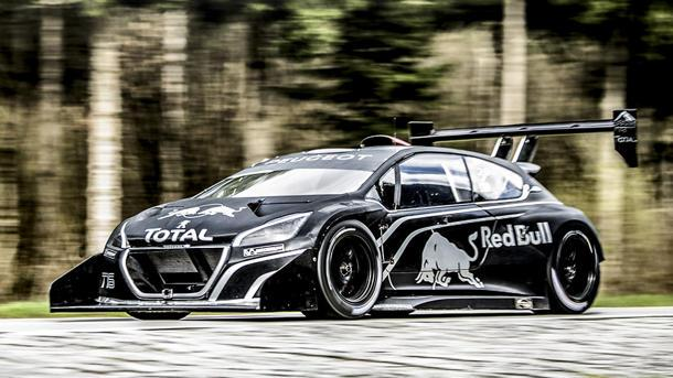 Peugeot's Pikes Peak racer packs 875 hp, taking Sébastien Loeb to the clouds