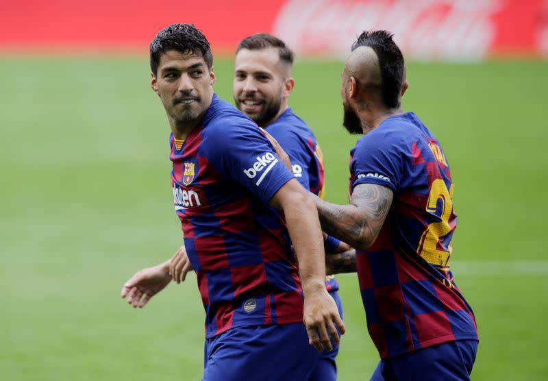 Barca annoyed and frustrated after Celta draw, says Suarez