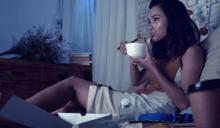 睡前別吃宵夜了!醫分析:除了變胖,還有癌症等4大嚴重後果