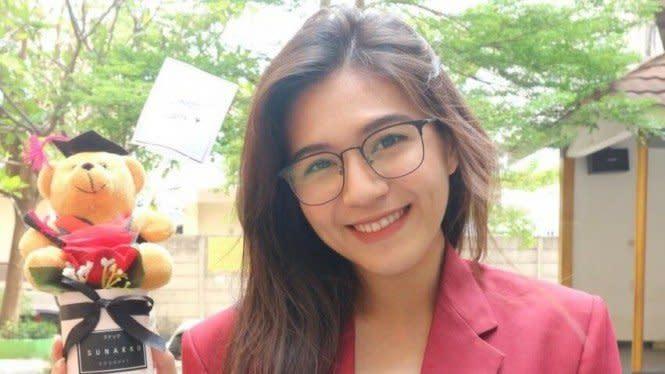 Selamat! Gaby JKT48 Resmi Jadi Sarjana Psikologi