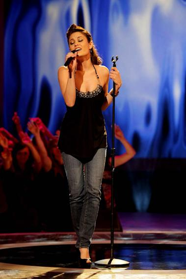 Amy Davis performs as one of the top 24 contestants on the 7th season of American Idol.