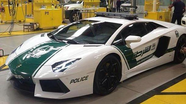 Dubai police drive 700-hp Lamborghini Aventador, because a Taurus doesn't cut it