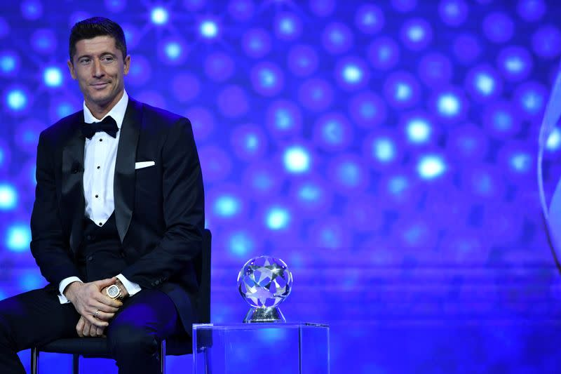 Lewandowski wins UEFA Player of the Year award