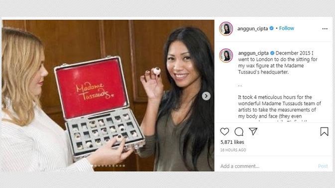 Anggun C. Sasmi memperingati hari jadi peresmian patungnya di Madame Tussauds. (dok. Instagram @anggun_cipta/https://www.instagram.com/p/CEl46lAl2rE/?hl=en)