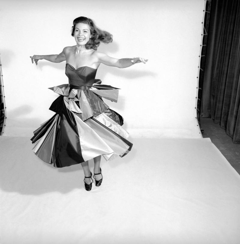 woman wearing a panel dress