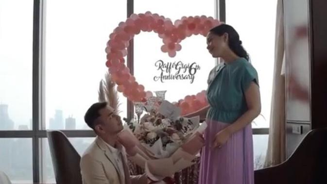 Momen Anniversary ke-6 pernikahan Raffi Ahmad dan Nagita Slavina. (Sumber: Instagram/@raffinagita1717)