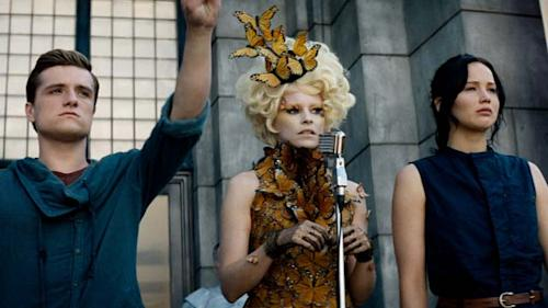 'The Hunger Games: Catching Fire' Theatrical Trailer (CA - English)