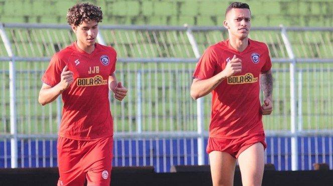 Dua pemain muda Brasil ikut latihan Arema FC