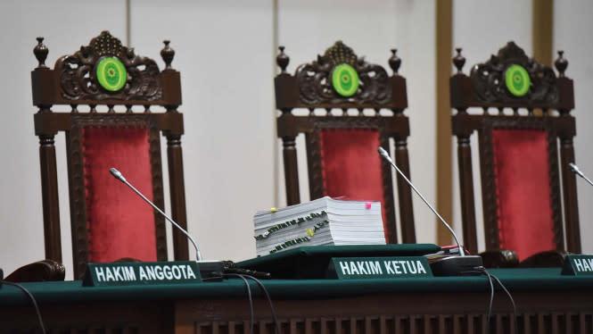 Eks Kepala Dinas PUPR Mojokerto Dihukum Bui 4 Tahun karena Gratifikasi