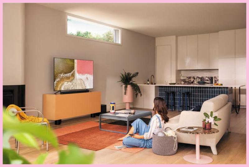 Save $100 on the Samsung 50-inch QLED 4K UHD HDR Smart TV (Q60T). (Photo: Samsung)