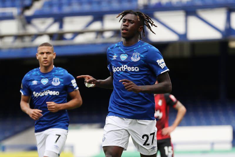 Everton striker Kean joins PSG on loan