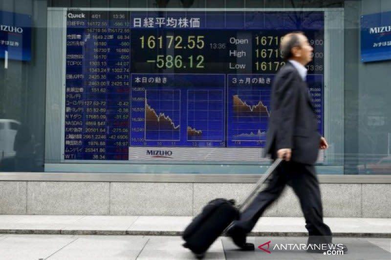Saham Tokyo dibuka turun tertekan kekhawatiran lonjakan virus corona