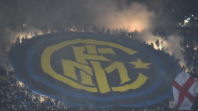 Logo dan ilustrasi Inter Milan. (AFP/Giuseppe Cacace)