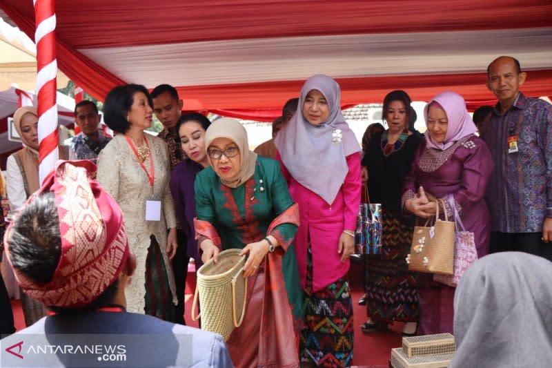 Mufidah Jusuf Kalla resmikan Balai Kriya Dekranasda NTB