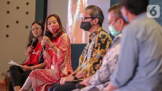 Presiden Coworking Indonesia / CEO KUMPUL Faye Alund pada press kick off program BEKUP 2020, di Jakarta, Selasa (7/7/2020). Pada tahun kelima, BEKUP mengajak para startup pemula untuk bersama-sama memulihkan ekonomi kreatif dan pariwisata tanah air. (Liputan6.com/Fery Pradolo)