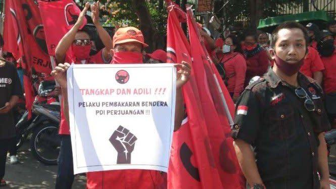 PDIP Persilakan Demo RUU HIP namun Bakar Bendera Dicap Keterlaluan