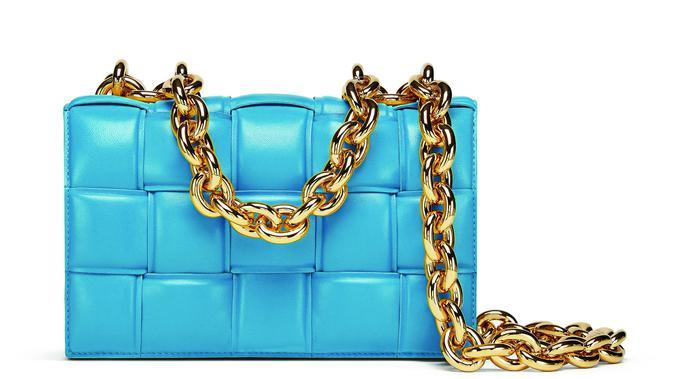 Tas Bottega Veneta The Chain Casette (Foto: Bottega Veneta)