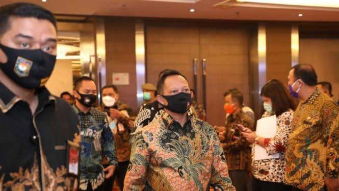 Mendagri Tito Tegur Bupati yang Libatkan Massa Saat Deklarasi