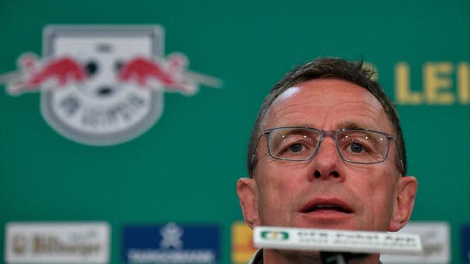 Mantan pelatih RB Leipzig, Ralf Rangnick. (AFP/John MacDougall)
