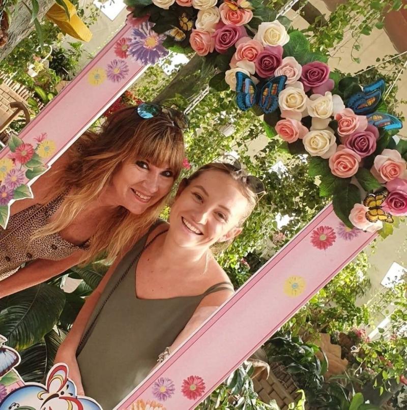 Wendy Skelton, left, with her daughter Rebecca Chisholm. Source: GoFundMe