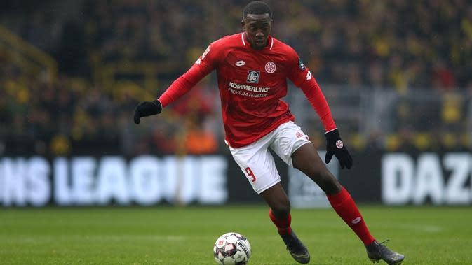 Penyerang Mainz 05, Jean-Philippe Mateta. (AFP/Ronny Hartmann)