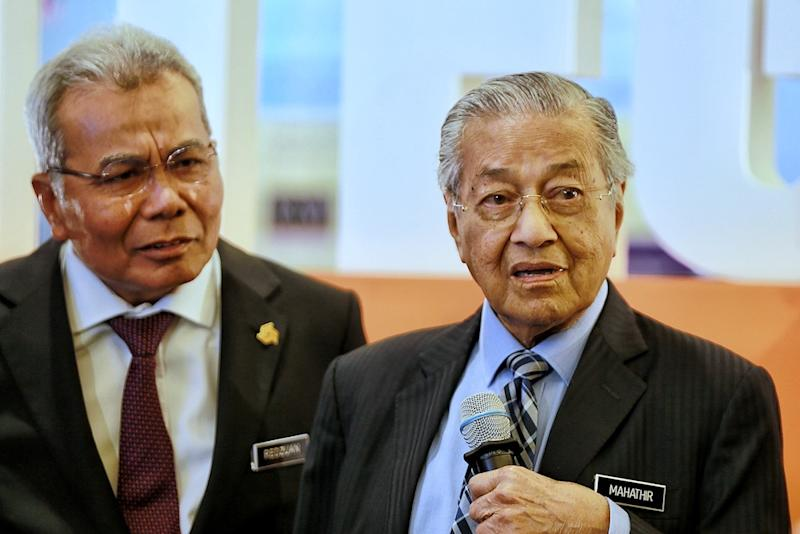 Prime Minister Tun Dr Mahathir Mohamad answers questions during the Bank Rakyat 2019 National Conference on Integrity in Kuala Lumpur January 14, 2020. — Picture by Ahmad Zamzahuri