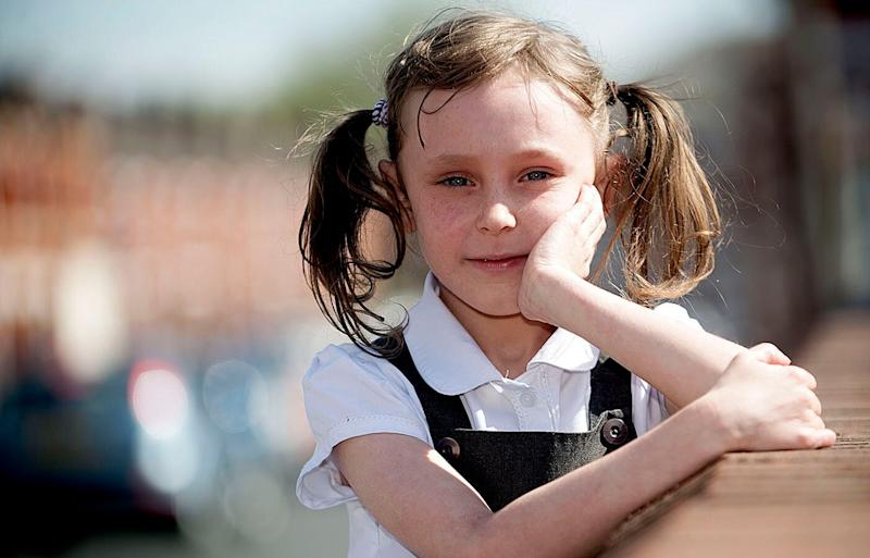 Manchester UK girl Scarlett Langton, 10, 'died' for six minutes after suffering a rare asthma condition called Bronchospasm.. Source: Australscope