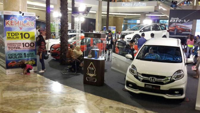 Honda Menikmati Penjualan Mobil Secara Online
