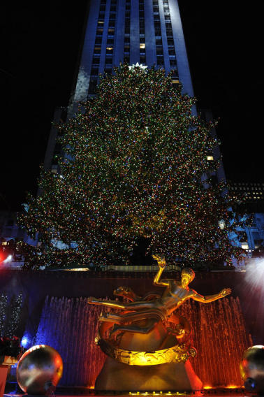 """Christmas in Rockefeller Center"" on NBC Wednesday, 11/28 at 8pm"