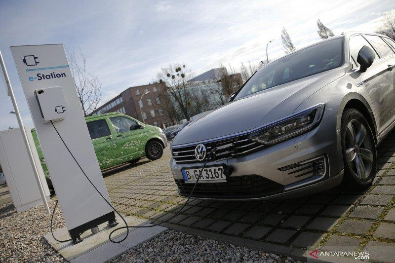 Saham Jerman hentikan kerugian, indeks DAX 30 melonjak 2,01 persen