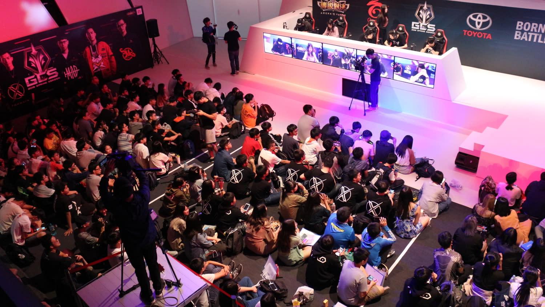 傳說對決粉絲將高雄電競館「坐好坐滿」。