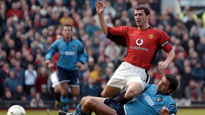 Roy Keane dibeli MU dari Nottingham Forest dengan harga 3,75 juta poundsterling. Dirinya merupakan salah satu kapten terbaik Red Devil di era Sir Alex Ferguson. (AFP/Paul Barker)